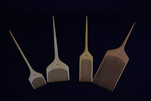 Bindashi sideburn puffer comb
