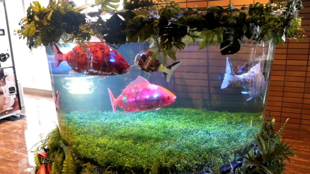 hen na hotel robot fish